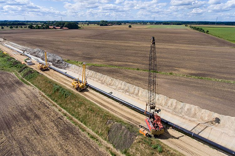 UAS footage of oil and gas pipeline inspection