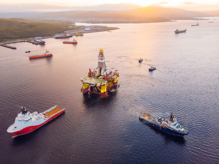 drone footage of oil & gas rig - how total uses drones